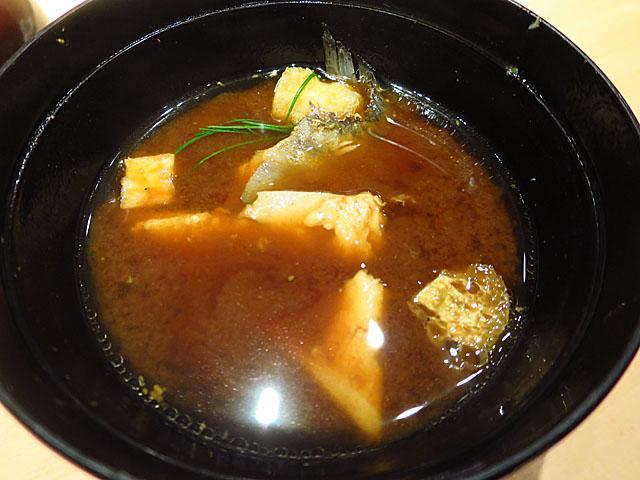 鮨 たくま 赤出汁