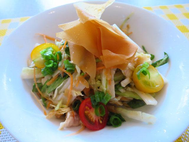 創作キッチン アンサンブル 鶏のササミの中華風サラダ
