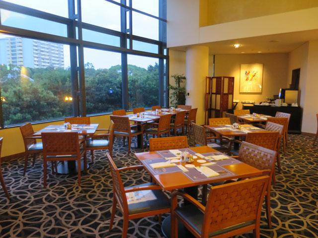 ハイアット リージェンシー 大阪カフェレストラン「ザ・カフェ」 店中2