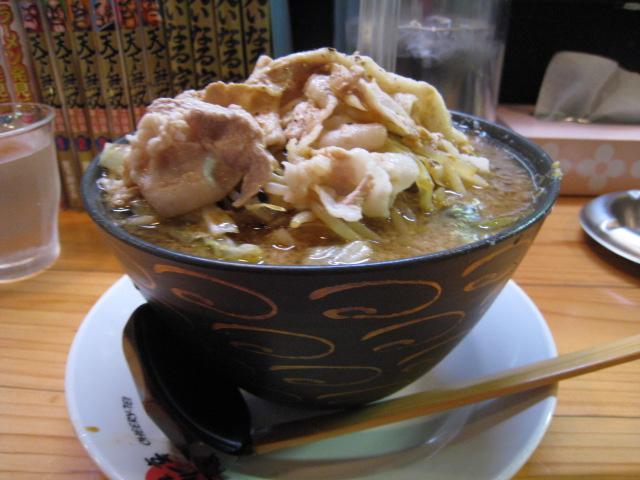 神戸ちぇりー亭 ド根性醤油の野菜盛、肉盛