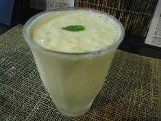 マンゴー風味のカンボジアンシェイク