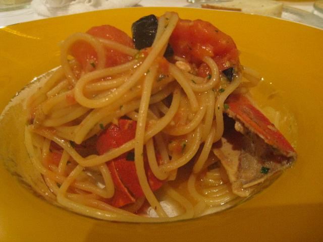 ソプラーノ 仏、ブルターニュ産オマール海老と茄子、トマトのスパゲティーニ カンパリを少々、、、