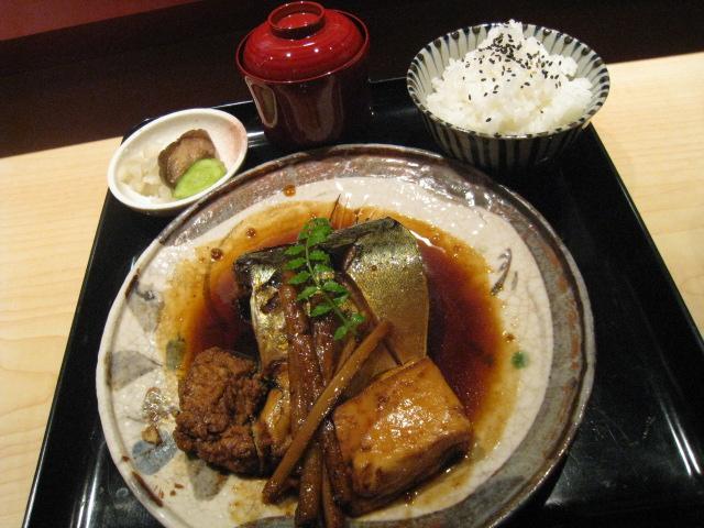 千葉県 トロ鯖煮付