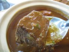 ビーフシチュー 肉の固まり 2