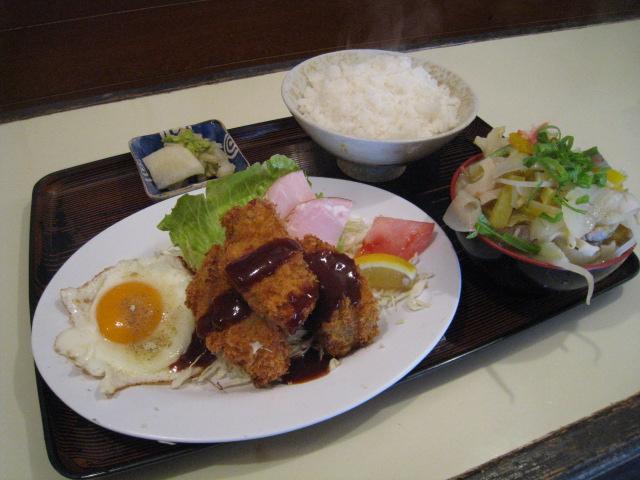 豚汁(ミニ)定食 カキフライ付