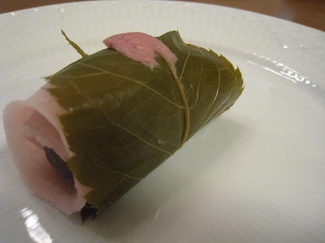 焼き桜餅 130円