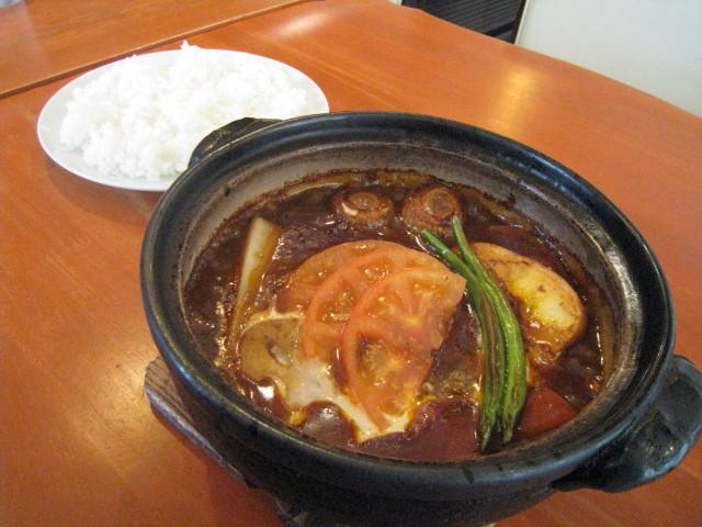 土鍋煮込みハンバーグ(ライス付き) 1200円