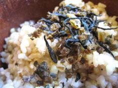 小豆とひじきの発芽玄米ご飯 アップ