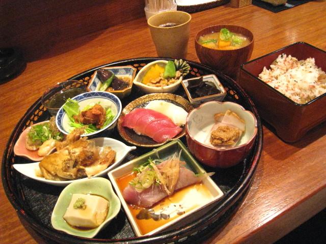 菜摘み膳 1000円