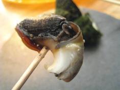 ガンガラ貝 塩茹 爪楊枝刺し