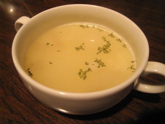 大根と焼き豆腐のコンソメスープ