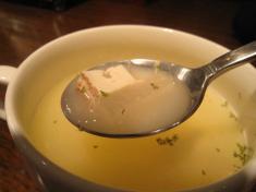 大根と焼き豆腐のコンソメスープ スプンもち