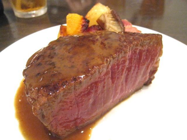渥美牛のフィレステーキ 小皿のせ
