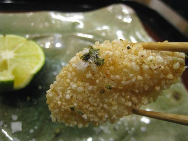 揚げ物 玄米粉をつけたたいらぎ貝 お箸もち