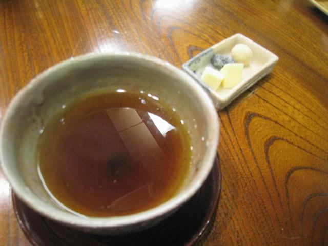 煎り番茶とお茶請け