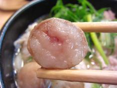鹿児島豚のレタスうどん 丸腸トッピング 丸腸お箸もち