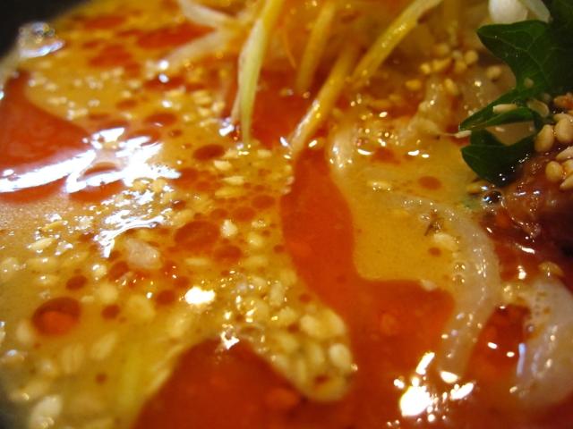 燻製風味の塩冷やし坦々麺 スープアップ