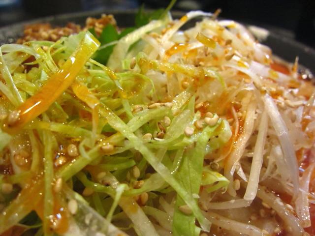 燻製風味の塩冷やし坦々麺 レタス&白ネギ