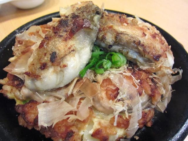 牡蠣のお好み焼き 980円