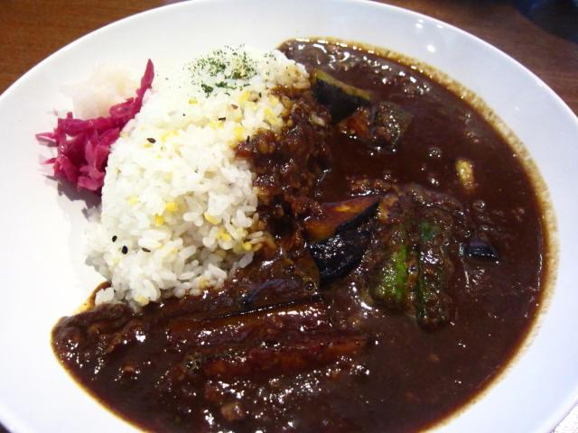 揚げナスと挽肉のカレー 大盛 750円