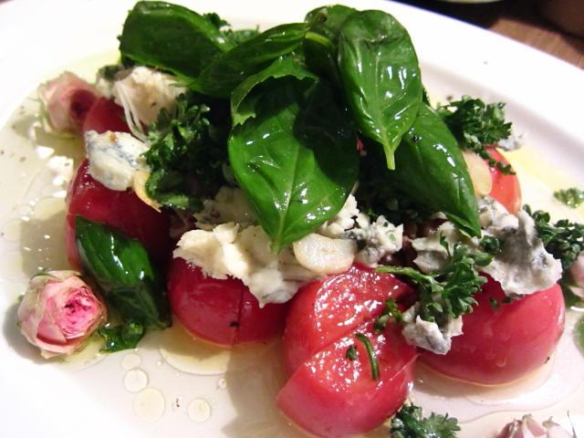 トマト&ゴルゴンゾ-ラのサラダ
