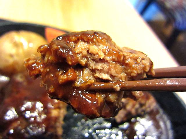 ふっくら鉄板ハンバーグステーキ お箸もち