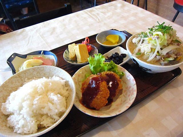 豚汁(大)定食 600円