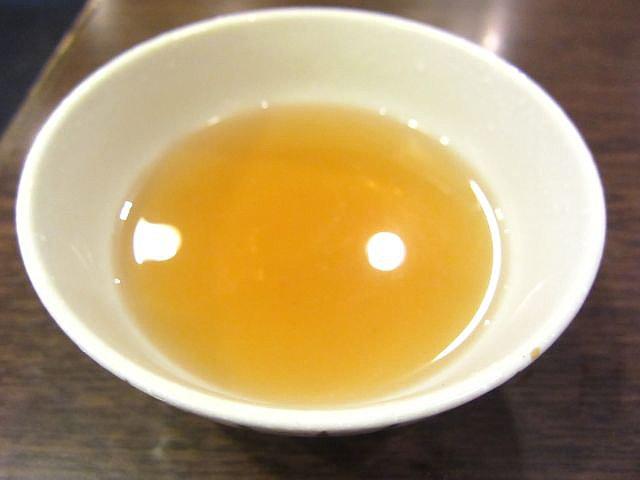 お茶碗にうどん出汁