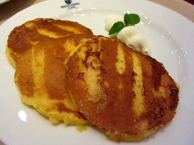 フレンチパンケーキ 720円