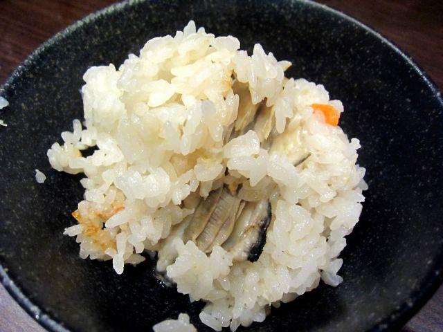 s-牡蠣の釜飯 お茶碗