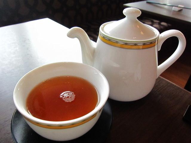 ポット 烏龍茶