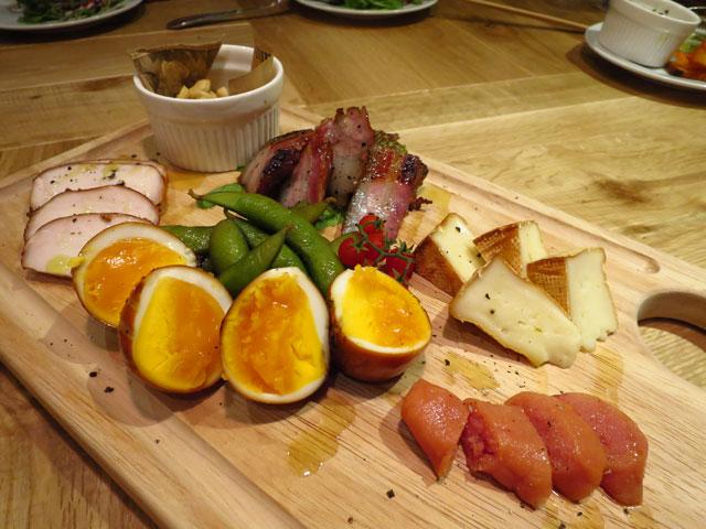 ブラザーズカフェテリア 南船場店 料理2