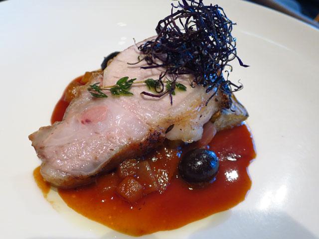 タボラ36 豚ロース肉のロースト ナスのカポナータ アップルマスタードソース