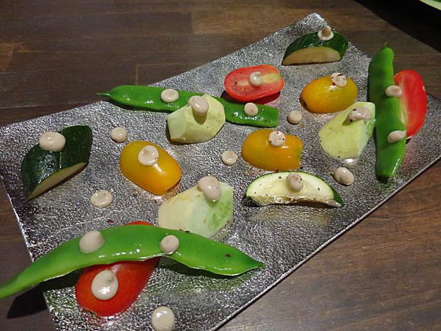 BISTRO にふぇー 能勢野菜のバーニャカウダー
