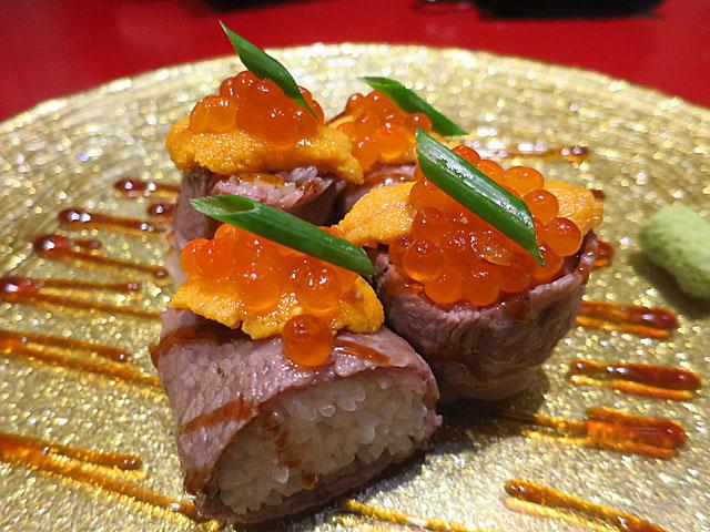 焼肉トラジ 大阪ヒルトンプラザ ウエスト店 うにいくロール