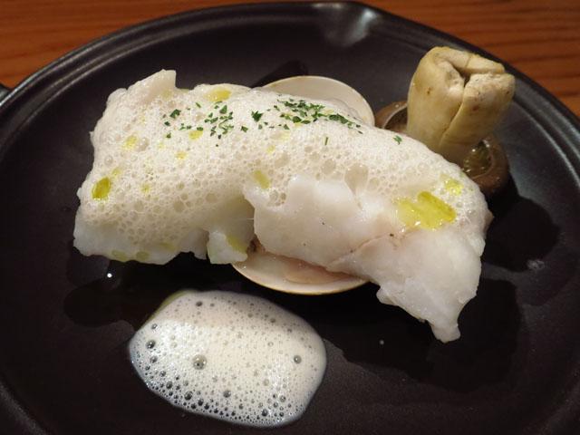 カヴァタッピ サンジュー(Cavatappi30) タラのバッポーレ 西京味噌の泡