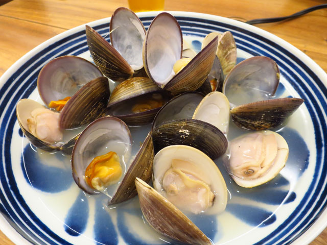 旧邸蒸屋 紅茶とせいろ ハマグリとオキシジミの貝蒸し