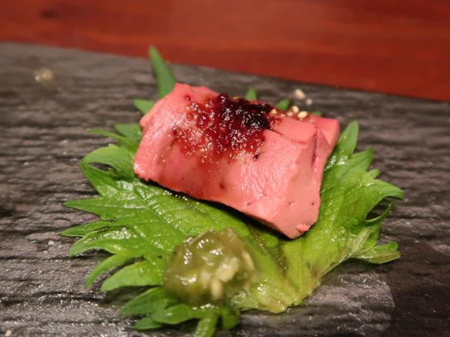 梅田肉料理きゅうろく 「低温調理」生食感レバー