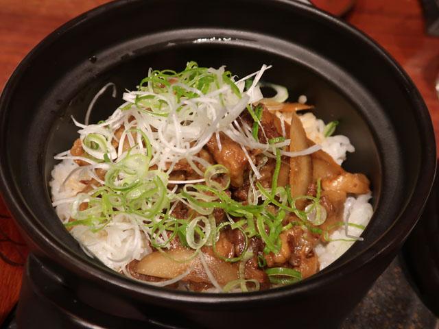 梅田肉料理きゅうろく 和牛炊き込み御飯