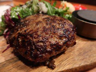 梅田肉料理きゅうろく 黒毛和牛ハンバーグアップ