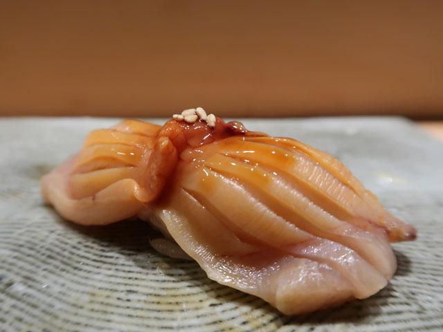 鮨しゅんぺい 赤貝