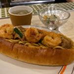 肥後橋『鉄パン焼き271』大人気のタイ風焼きそばパンがランチで食べれます。